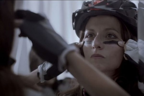 Francesca-Piani-makeup-artist-music-video-UNIEURO